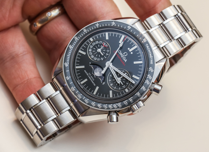 Omega Speedmaster Master Chronometer Chronograph Moonphase watch